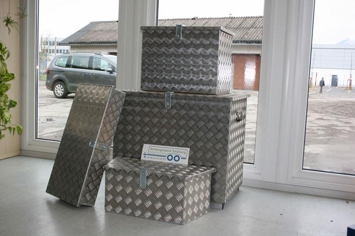Aluriffelblechbox 500x350x400 mm / 70 Liter